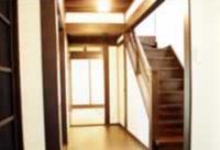 1階廊下・階段